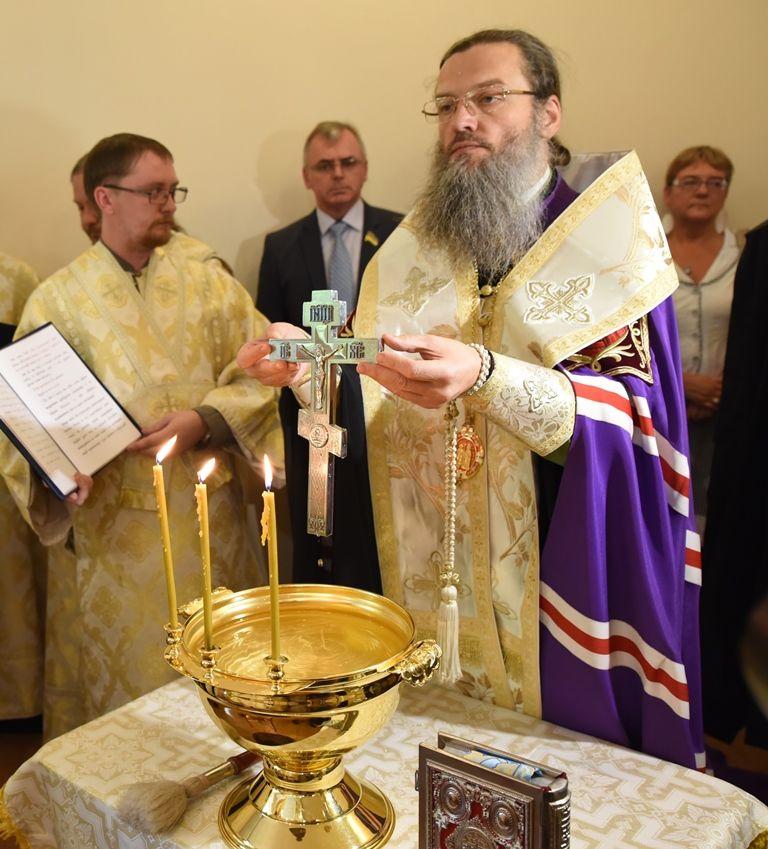 Владыка пожелал быть достойными продолжателями славных традиций запорожского казачества. Фото: священнодиакон Илиодор (Кугатов)