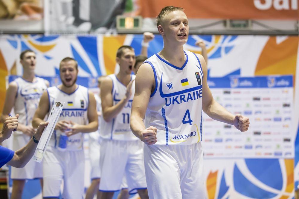 Зотов - один из главных героев матча / FIBA Europe