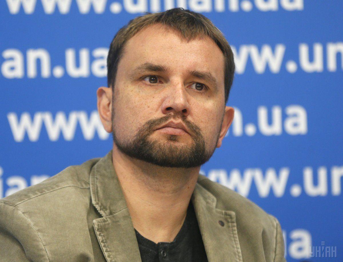 Владимир Вятрович указал, что декоммунизация Донбасса должна быть быстрой / фото: УНИАН