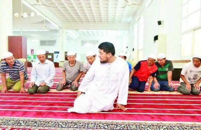 164 іноземця, які працюють в Саудівській Аравії, приймають Іслам кожен день. Фото: umma.ua
