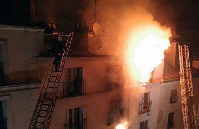 Спастись удалось только 14-летнему подростку, который выпрыгнул из окна / Фото onlineindus.com