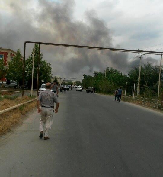 В настоящее время его тушат пожарные /trend.az