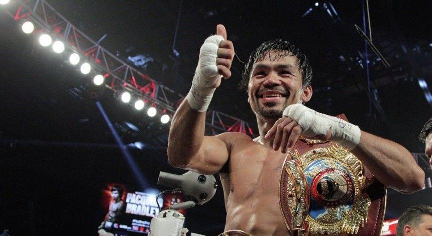 Пакьяо переміг Бронера і зберіг титул WBA в напівсередній вазі