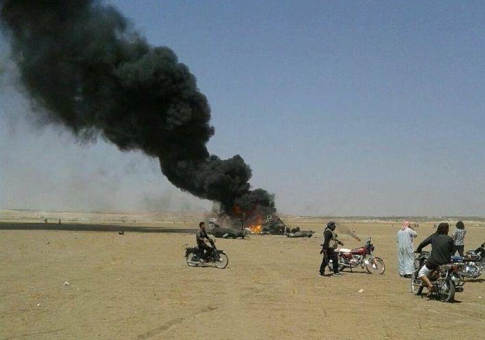 Ми-8 сбит в Сирии / twitter.com/Conflicts