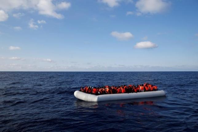 мигранты беженцы / REUTERS