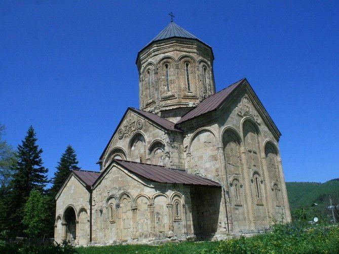 Храм Никорцминда. Фото: travelgeorgia.ru