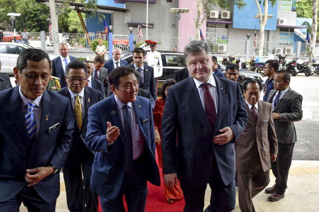 Порошенко: сегодня удачное время для инвесторов прийти в Украину / Фото president.gov.ua