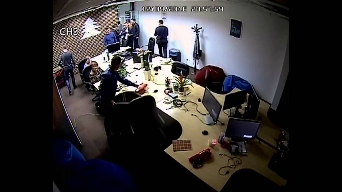 SBU conducting a search at Lucky Labs / youtube.com