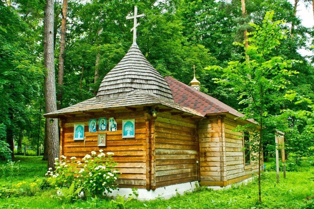 Храм мученика Иоанна Воина в Пуще-Водице