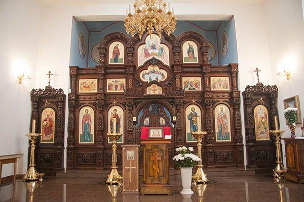 Внутреннее убранство Спасо-Преображенского храма