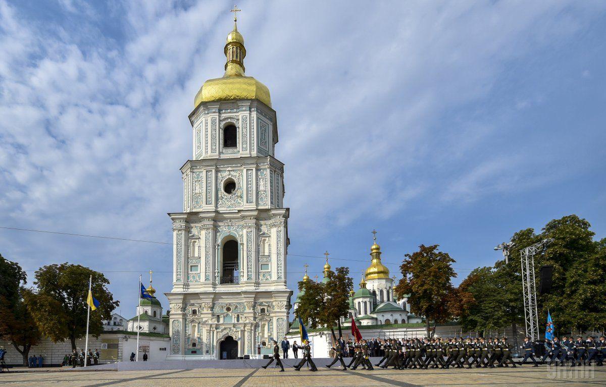 В Киеве вечером в связи с концертом на Софийской площади будет запрещено движение транспорта на прилегающих улицах / фото УНИАН
