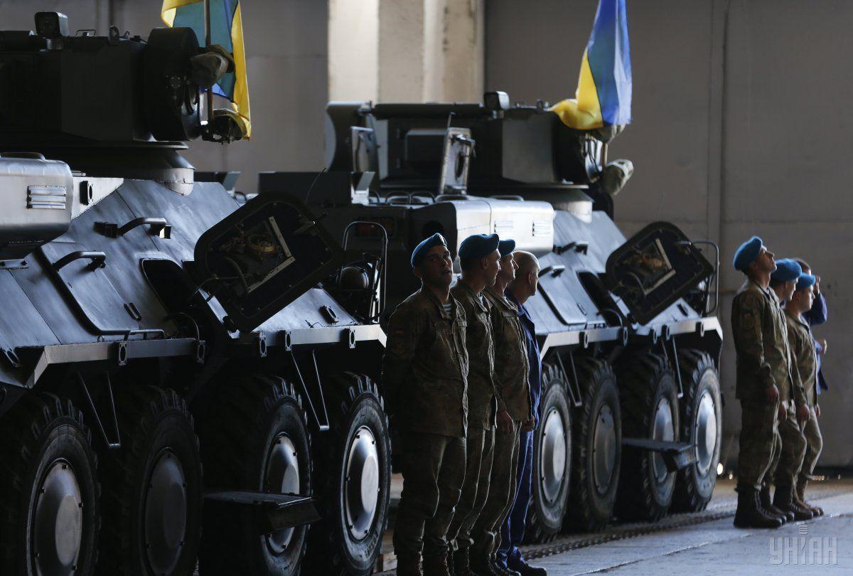 Турчинов розповів, як зросли витрати на український оборонний сектор за останні роки / УНІАН