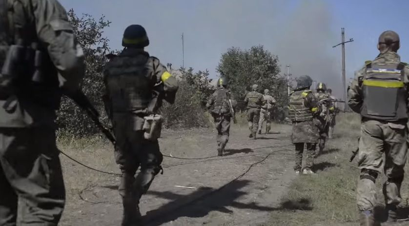 За весь період боїв за Іловайськ, з 7 серпня по 30 вересня, загинули 366 українських військових \ скриншот відео LB.ua