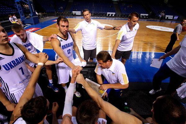 Мурзин рассчитывает в отборе Евробаскета на 13 человек / ФБУ