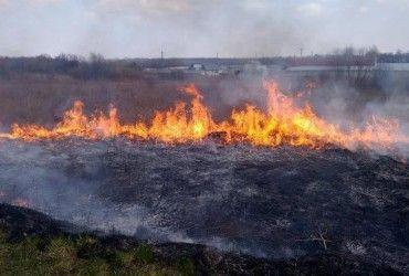 Почти по всей Украине сохраняется чрезвычайная пожарная опасность