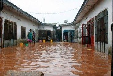 В результате паводков в Уганде погибли 17 человек