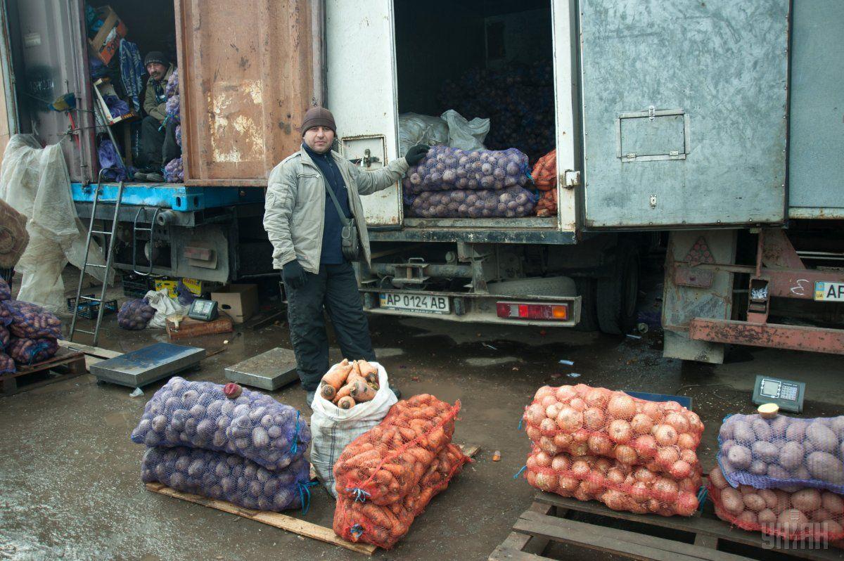 В Украине из-за непогоды могут подорожать овощи и фрукты / фото УНИАН