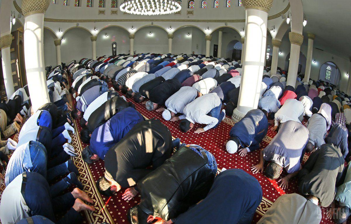 Мусульмане в Украине хотят, чтобы хотя бы в первый день двух главных для них праздников им давали выходной / фото УНИАН