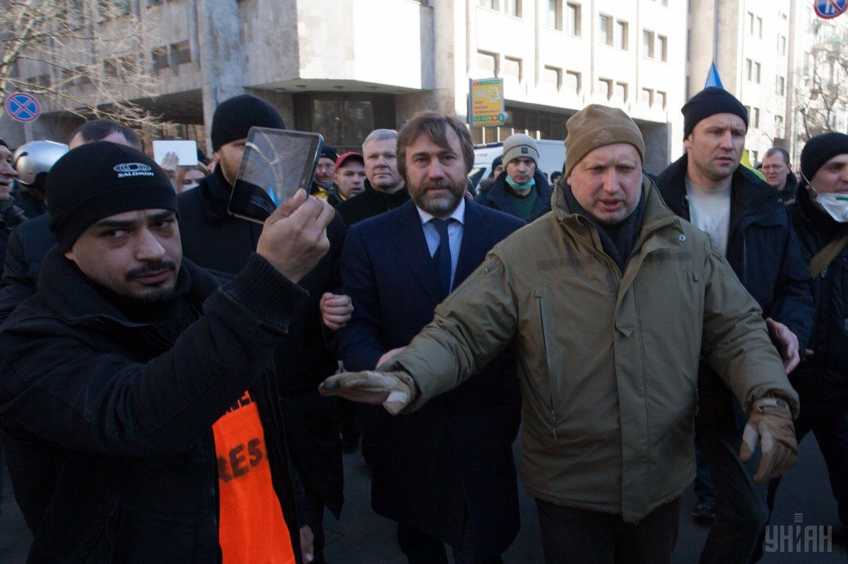 Oleksandr Turchynov during clashes near the Party of Regions HQ, February 18, 2014. That day, some 200 protesters stormed the Party's office on Lypska Str. / Photo from UNIAN