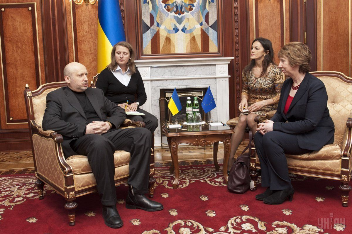 Catherine Ashton and Oleksandr Turchynov / Photo from UNIAN
