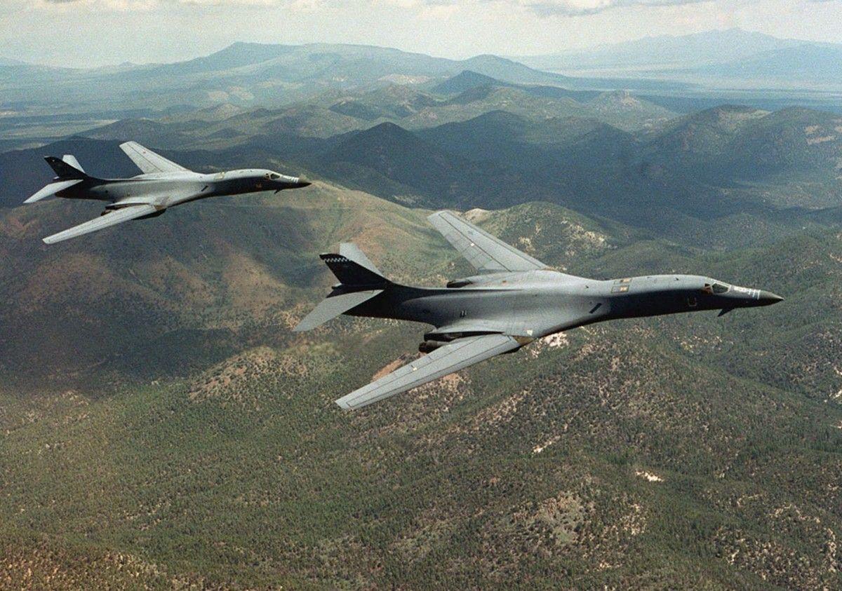 Европейское командование ВС США объявило о планах разместить бомбардировщики B-1B Lancer / фото REUTERS