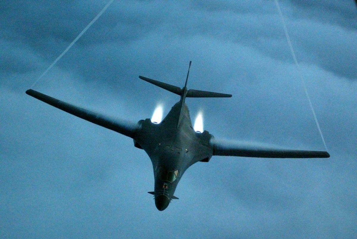 Самолет B-1B Lancer / REUTERS