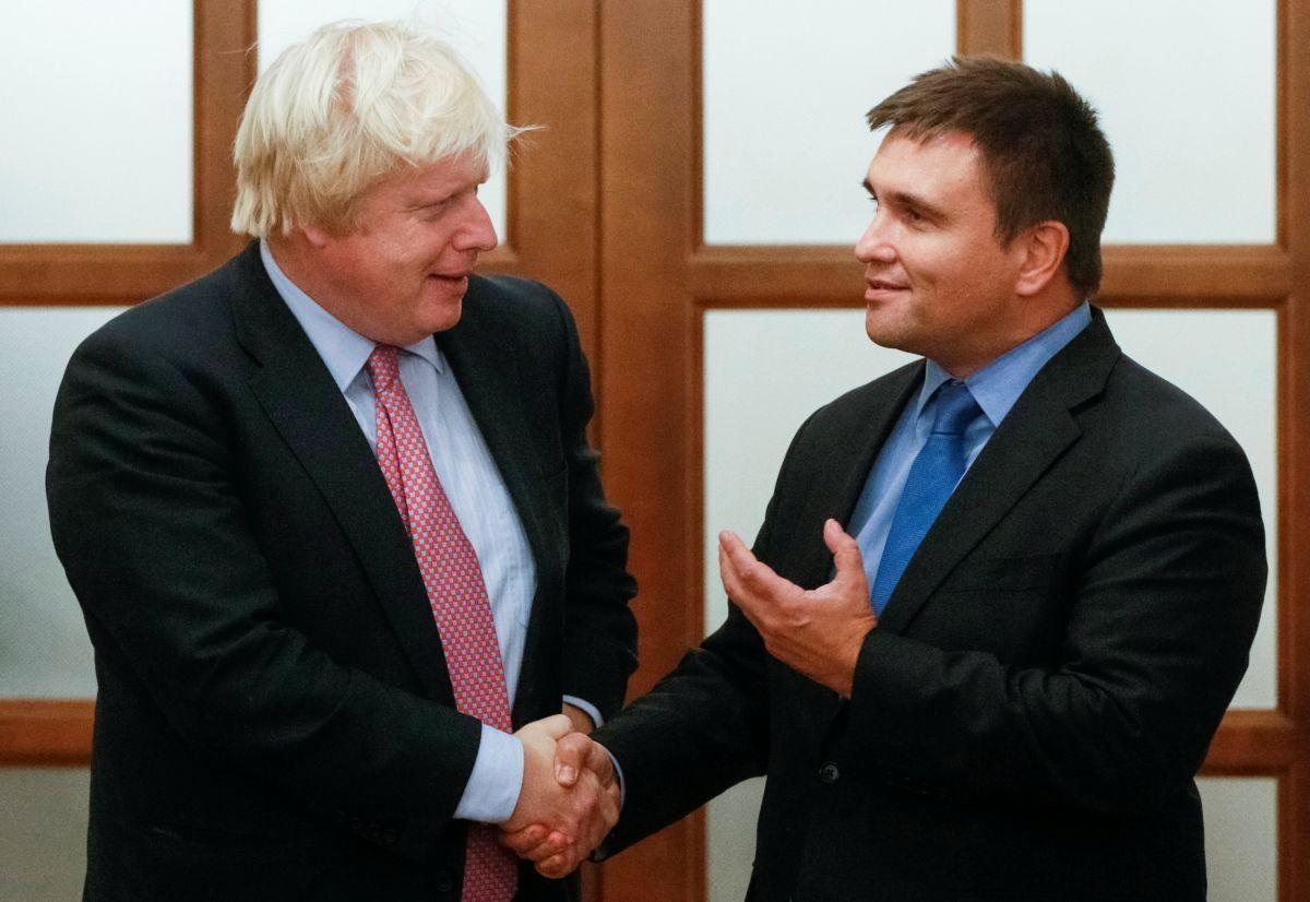 Борис Джонсон и Павел Климкин / фото REUTERS