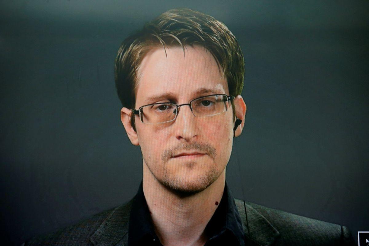 Эдвард Сноуден / REUTERS