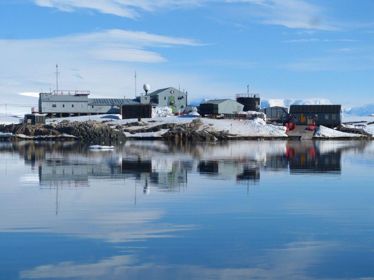 Українські науковці-полярники отримають власне судно для досліджень океану / Фото НАНЦ