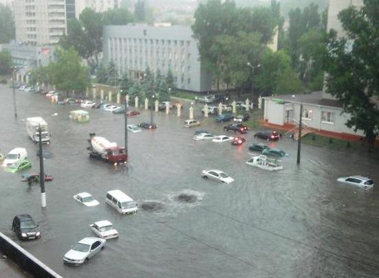 Ливень в Одессе / @lesnik_jocker
