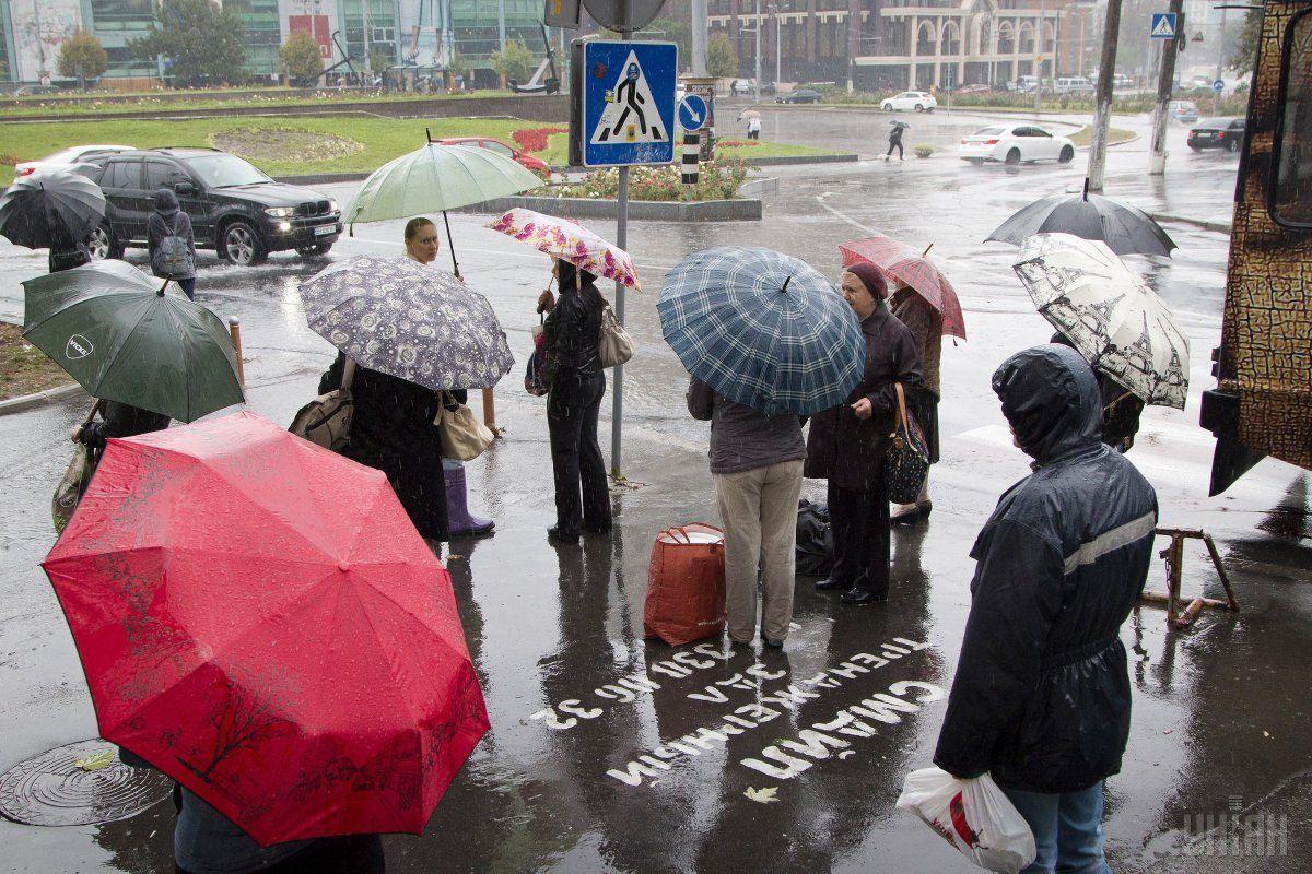 12 жовтня у місті і області оголошено штормове попередження / УНІАН