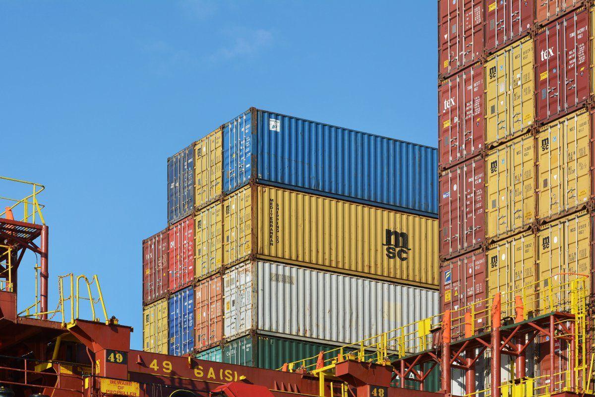 В Украине усилили контроль за грузовыми морскими контейнерами / Фото УНИАН