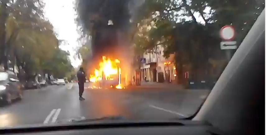 В Одесі на ходу загорілася маршрутка / Скриншот