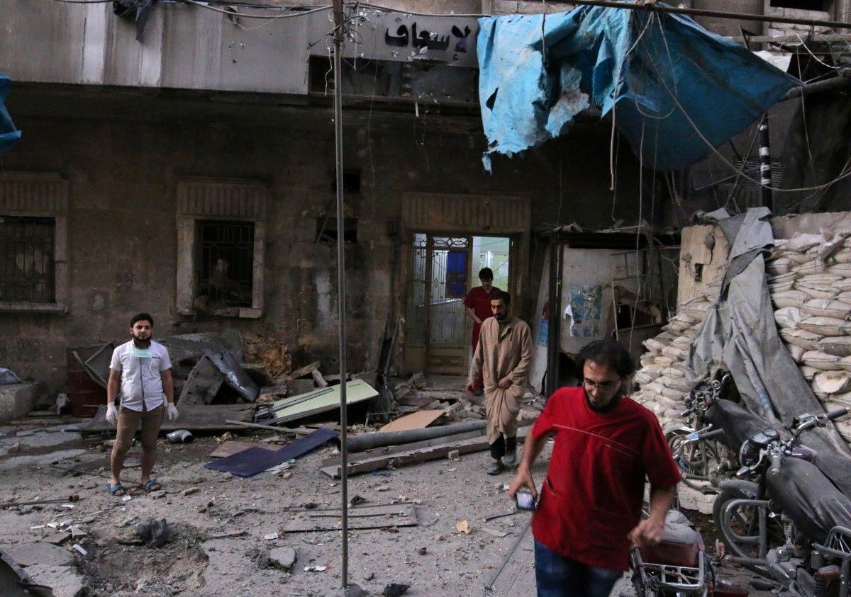В Алеппо разбомбили больницу / REUTERS