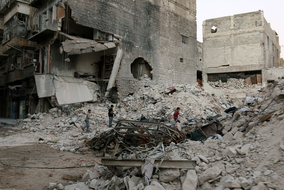 Результаты авиаударов в Алеппо, иллюстрация / REUTERS