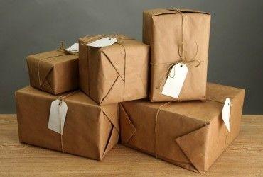 Лікар Комаровський розповів, чи небезпечно отримувати посилки з Китаю