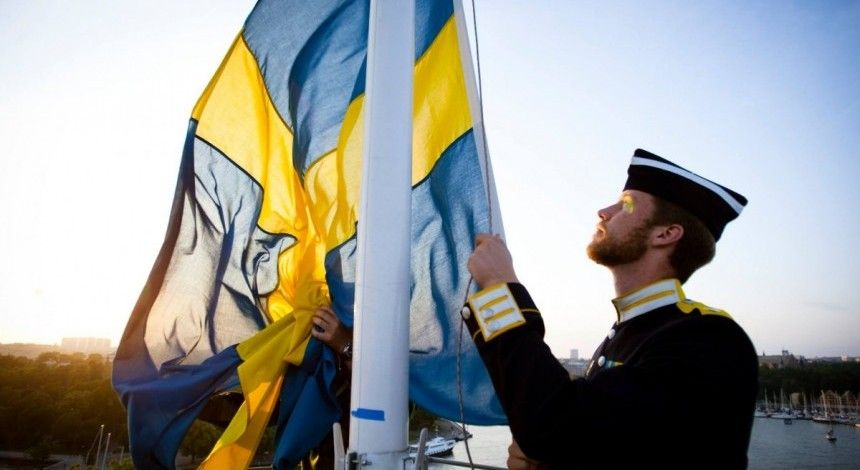 Sweden sends leaflets to 5 mln homes on how to prepare for war with Russia