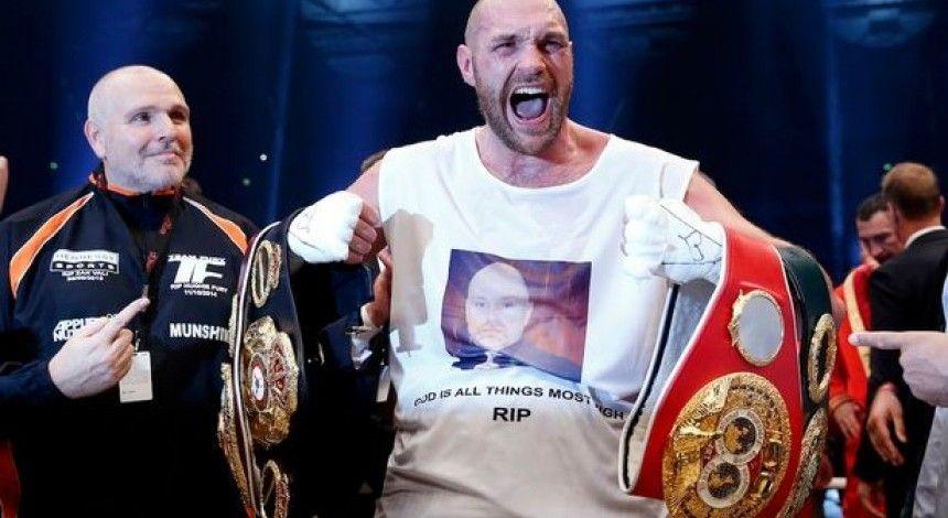 Победившему Кличко-младшего Тайсону Фьюри вернули боксерскую лицензию