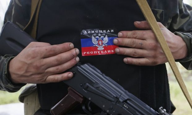 Оккупанты продолжают нарушать перемирие / REUTERS