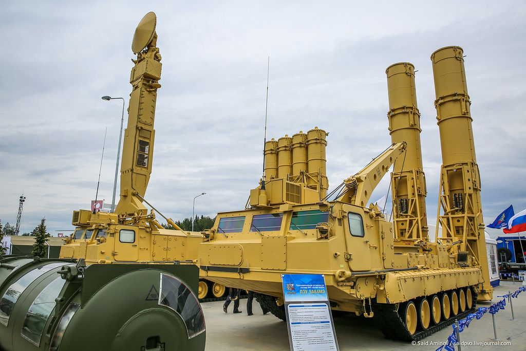 Россия направила в Сирию зенитную ракетную систему С-300В4 / bmpd.livejournal.com