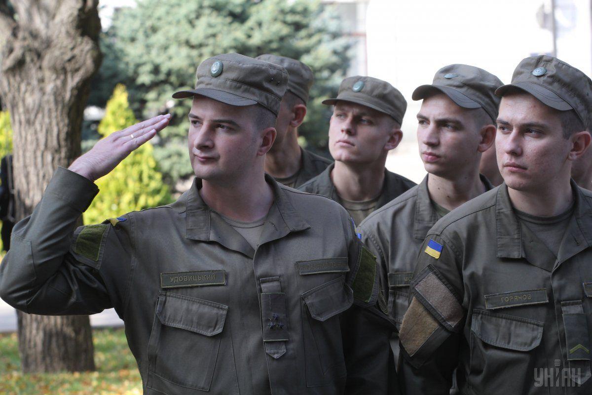На военную службу из Киева планируют призвать 780 юношей / фото УНИАН