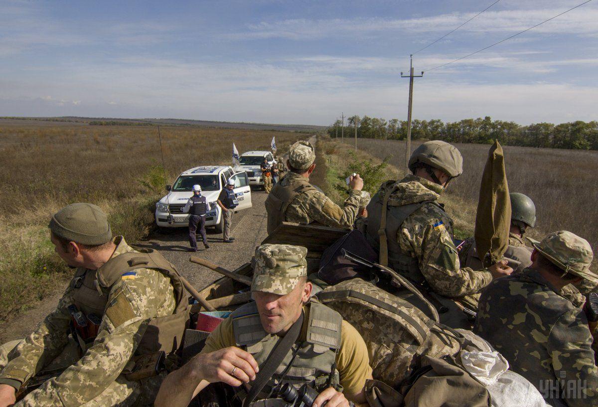 Голова Луганської ВЦА заявив про можливий зрив розведення / Фото УНІАН