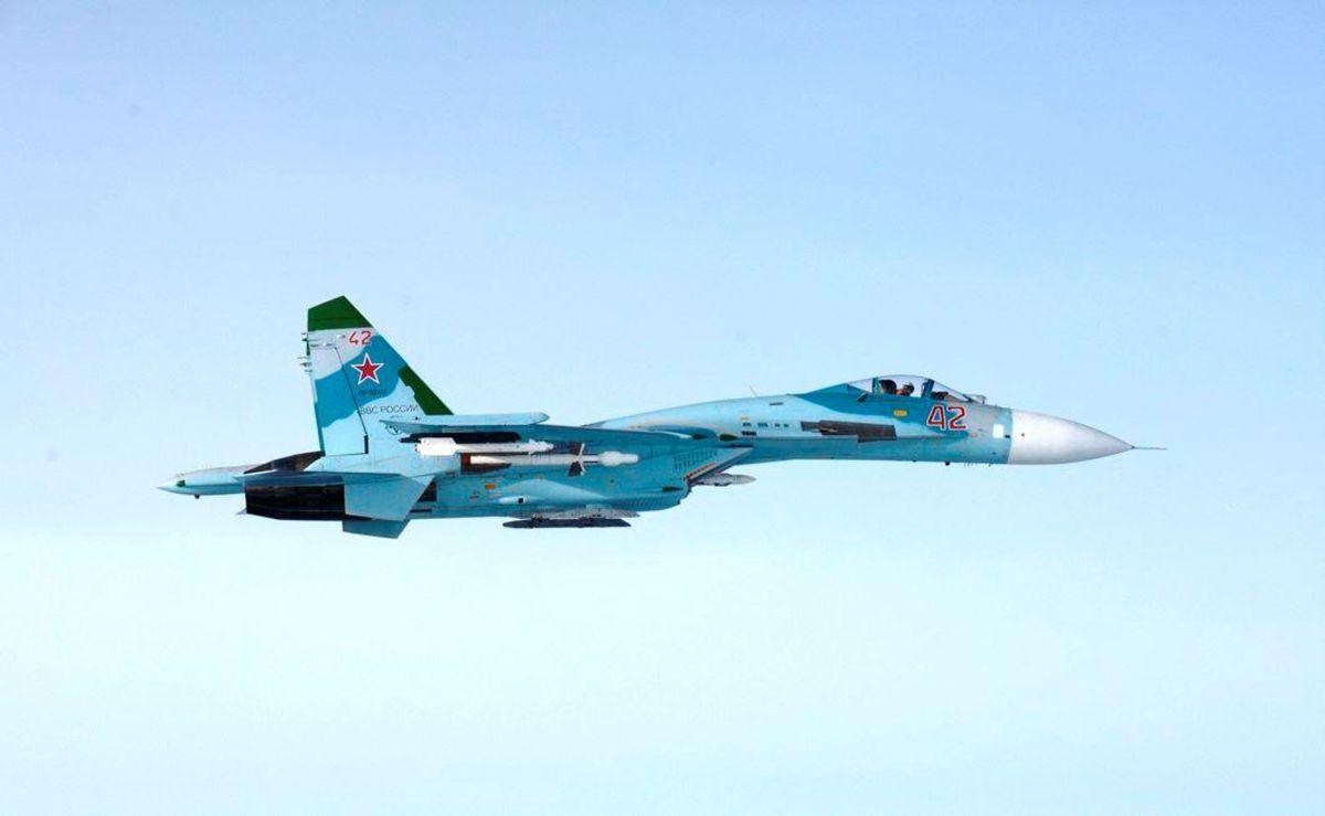 Истребитель Су-27 / REUTERS