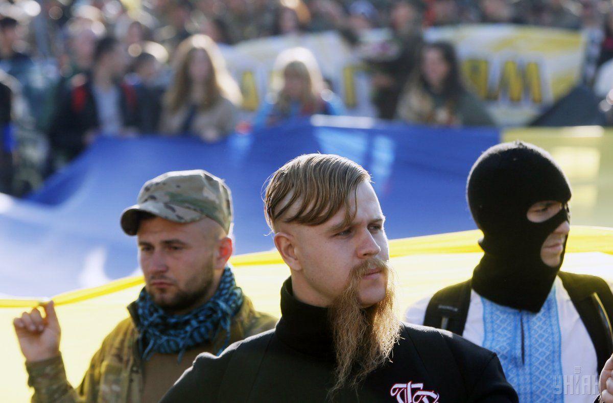 Учасники Маршу слави героїв УПА в Києві з нагоди свята Покрови 14 жовтня 2014 року / Фото УНІАН