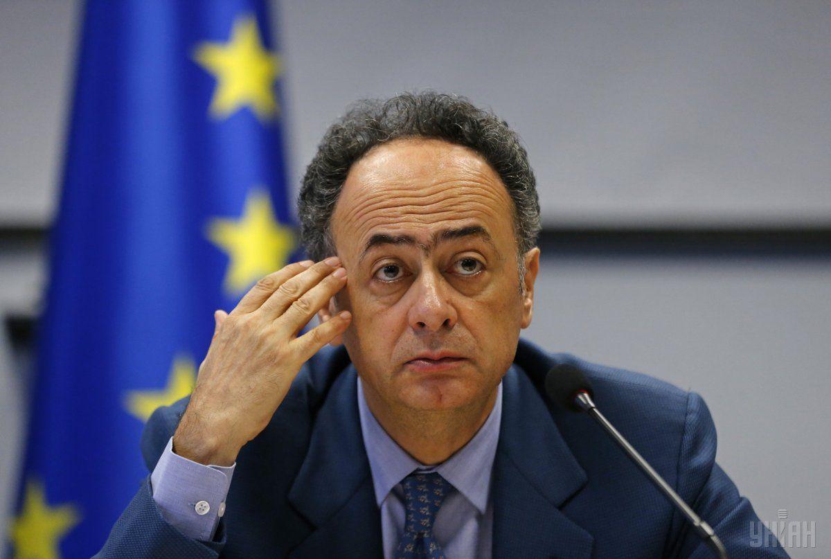 Мингарелли рассказал, что в ЕС пока детально анализируют текст / фото УНИАН
