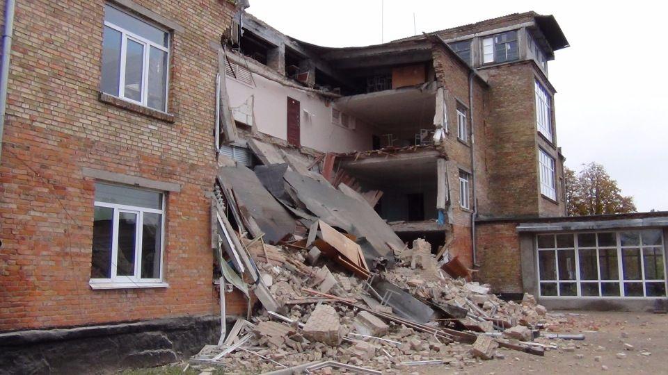 Після роботи експертів з Державної архітектурно-будівельної інспекції будуть висунуті версії причин аварії / Фото knk.media