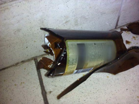Квартирант вдарив чоловіка пляшкою й намагався порізати / kyiv.npu.gov.ua