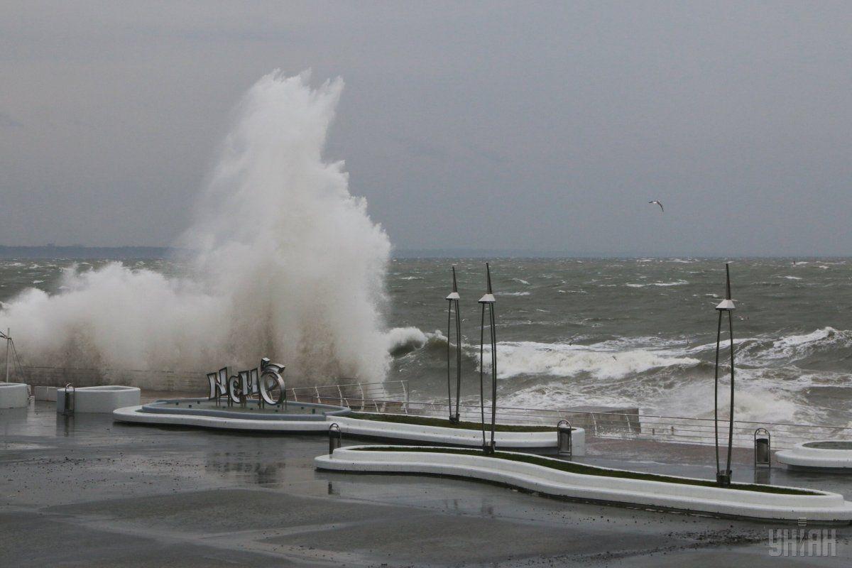 20 листопада по всій території країни очікуються пориви вітру 15-20 м/с/ УНІАН