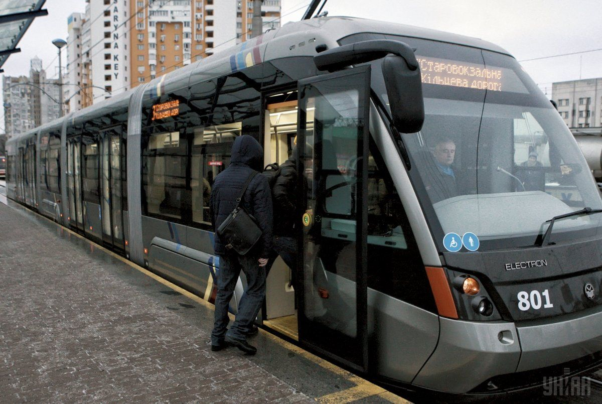 У Києві 28-29 липня та 4-5 серпня закривається рух швидкісних трамвайних маршрутів № 1, № 3 / фото УНІАН