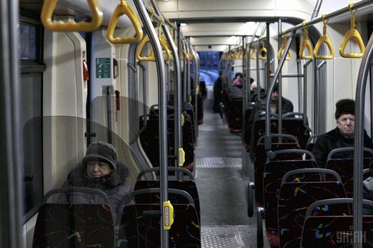 Сьогодні громадський транспорт столиці працюватиме на 3 години довше / фото УНІАН